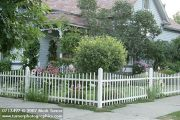 whit-picket-fence1.jpg
